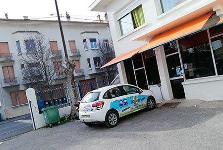 Showroom Béziers - Orilon, stores et pergolas aluminium bioclimatique
